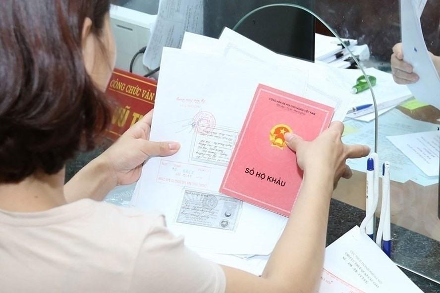 Thủ tục xin nhập khẩu vào Hà Nội với người có hộ khẩu nơi khác